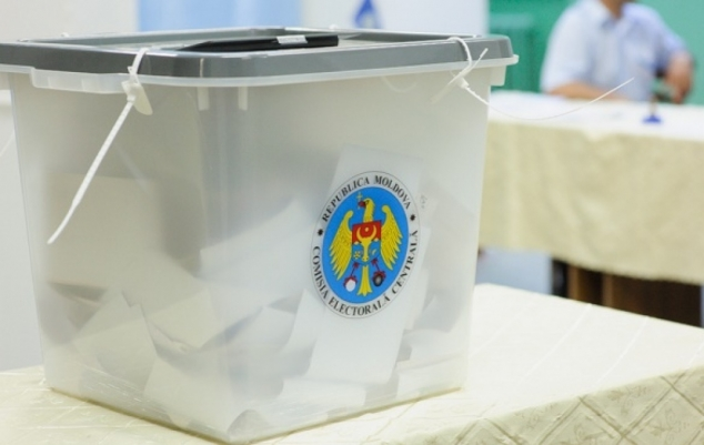 Moldova Elects President Under Moscow's Gaze